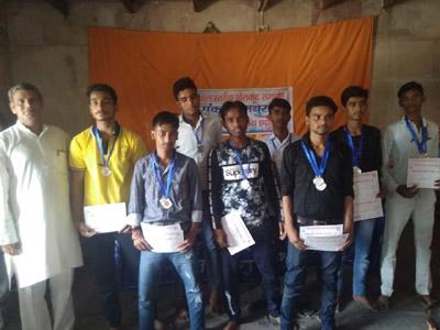 MATHURA : छात्रों ने बटोरे पदक