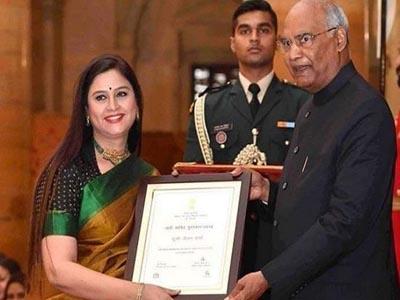 दूरदर्शन की वरिष्ठ एंकर नीलम शर्मा का निधन, इसी साल राष्ट्रपति से मिला था नारी शक्ति सम्मान