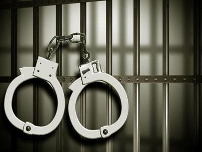 27 वर्ष से फरार ईनामी बदमाश गिरफ्तार